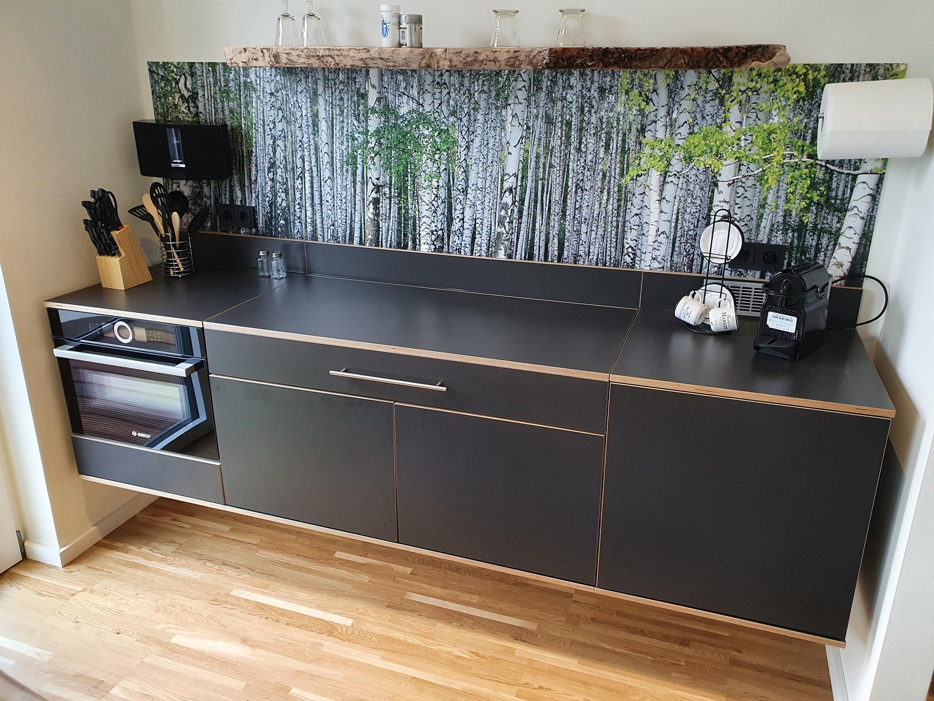 Schwebender Küchenblock