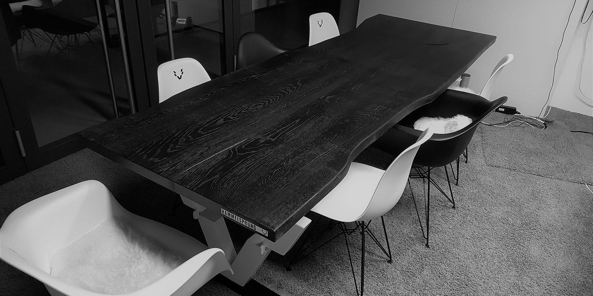 Konferenztisch
